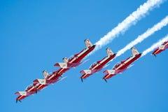 RAF Red Arrows Performing uma mostra Fotografia de Stock Royalty Free