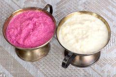 Rafano grattato bianco e rosa Immagini Stock Libere da Diritti
