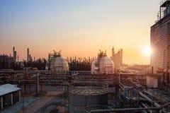 raffinaderi f?r gasolja arkivbilder