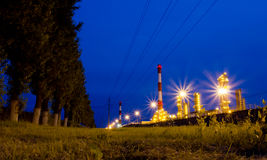 Raffinaderi. Ryssland Yaroslavl Arkivbilder