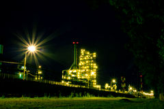 Raffinaderi. Ryssland Yaroslavl Arkivbild