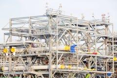 Raffinaderifabrik med LNG royaltyfria foton