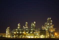 Raffinaderij bij nacht 6 Royalty-vrije Stock Fotografie
