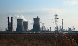 Raffinaderij petrotel-Lukoil - Ploiesti, Roemenië royalty-vrije stock afbeeldingen