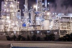 Raffineria di petrolio e generazione elettrica Immagini Stock