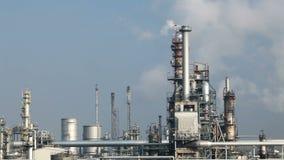 Raffineria di petrolio - lasso di tempo stock footage