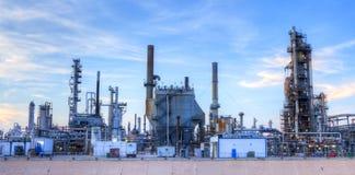 raffinerie lizenzfreie stockfotos