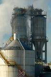 Raffinerie avec de la fumée, Montréal, Canada 2 images libres de droits