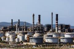 Raffinerie de pétrole de port images libres de droits
