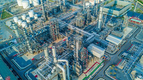Raffinerie de pétrole de vue aérienne Photos stock