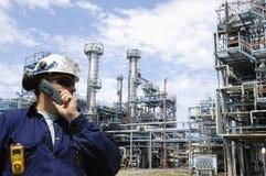 Raffinerie et ingénieur Photos libres de droits