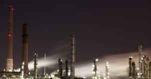 Raffinerie la nuit Image libre de droits