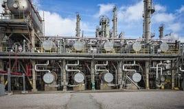 Raffinerie-oder Chemiefabrik-Prozess-Einheit und Ausrüstung Stockbild