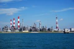 Raffinerie in Singapur Lizenzfreie Stockfotos