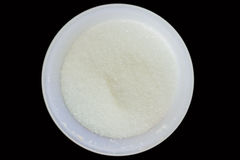 Raffinierter Zucker in einer Plastikschüssel Stockfoto
