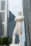 raffles先生雕象,新加坡 免版税图库摄影