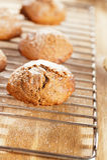 Raffreddamento morbido dei biscotti dello zenzero Immagini Stock Libere da Diritti
