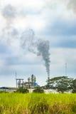 Rafineria przy Wiejskim krajobrazem, Guayas, Ekwador Obraz Royalty Free