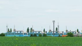 Rafineria ropy naftowej w polu zdjęcie wideo