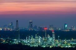 rafineria ropy naftowej zmierzch Zdjęcie Stock