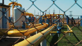 Rafineria Stacja dla czyścić gaz naturalnego i odtransportowywać olej i Rurociąg z zamykać klapami Produkcja paliwo zbiory