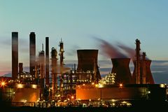 rafineryjny ropy naftowej Obraz Stock