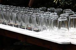 Rafraîchissements, les verres, réception en plein air Photo stock