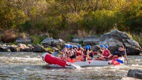 Rafting στην Ουκρανία Διασκέδαση, επικίνδυνη, τολμηρή δράση Στοκ Φωτογραφίες