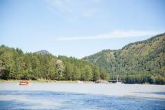 Rafting del fiume della montagna Immagine Stock
