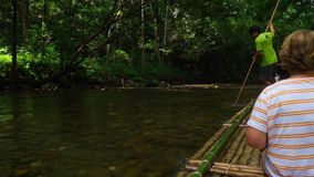 Rafting di bambù in Khao Lak stock footage