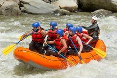 Rafting för Whitewater flod arkivfoton