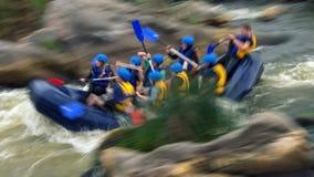 Rafting op stroomversnelling van de Zuidelijke Insectenrivier, Migiya stock afbeeldingen