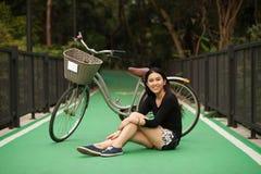 Ragazza abbastanza tailandese Fotografia Stock