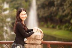 Ragazza abbastanza tailandese Fotografie Stock Libere da Diritti