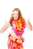 Ragazza alla moda in vestiti hawaiani che posano sul fondo bianco Fotografia Stock