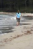 Ragazza alla spiaggia Immagine Stock Libera da Diritti