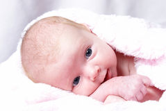 Ragazza appena nata felice Immagine Stock Libera da Diritti