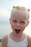 Ragazza arrabbiata del bambino arrabbiato Fotografia Stock