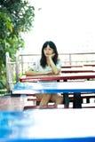 Ragazza asiatica nel distretto di arte Fotografia Stock