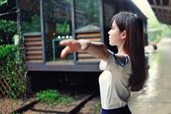 Ragazza asiatica nel distretto di arte Fotografie Stock
