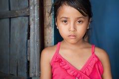 Ragazza asiatica nella povertà Fotografie Stock