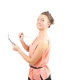 Ragazza in attrezzatura di affari con il blocchetto per appunti e la matita Fotografie Stock Libere da Diritti