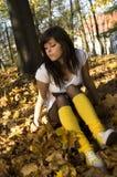 Ragazza in autunno Fotografie Stock Libere da Diritti