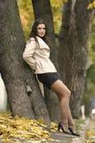 Ragazza bella giovane con l'espressione positiva Fotografia Stock Libera da Diritti