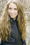 Ragazza bionda con capelli lunghi Fotografia Stock Libera da Diritti