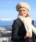 Ragazza bionda in inverno immagini stock