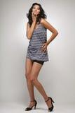 Ragazza in camicia blu e negli shorts. Immagine Stock Libera da Diritti
