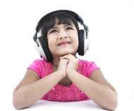 Ragazza che ascolta una certa buona musica immagine stock