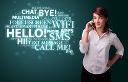 Ragazza che chiama dal telefono con la nuvola di parola Immagini Stock