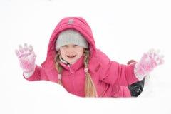 Ragazza che gioca con la neve Fotografia Stock